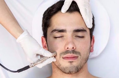 درمانگاه تخصصی پوست و مو باران